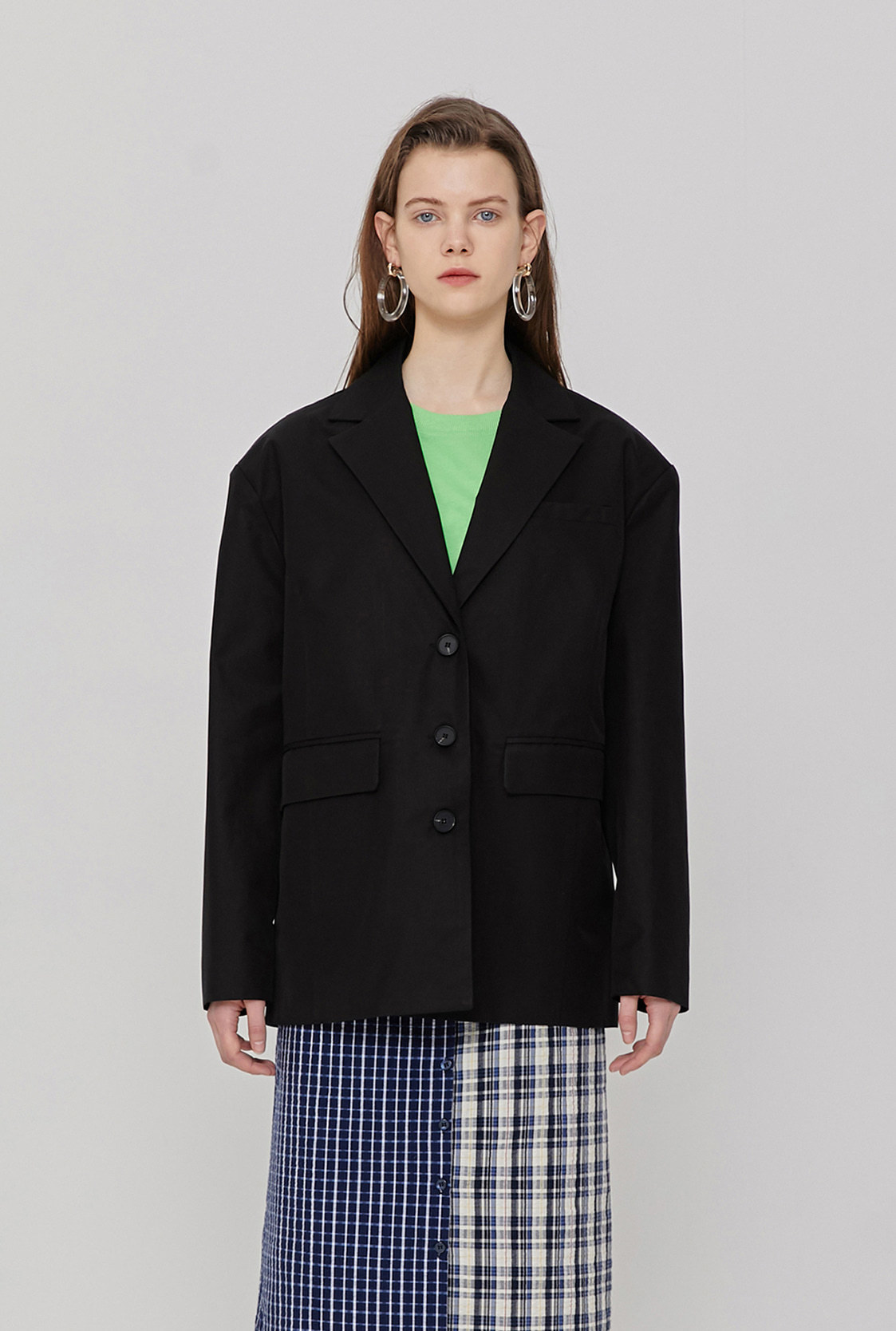 R BACK OVERLAP JACKET_BLACK